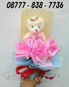 Hadiah Wisuda Tunangan, Istri , Rangkaian Bunga Cantik