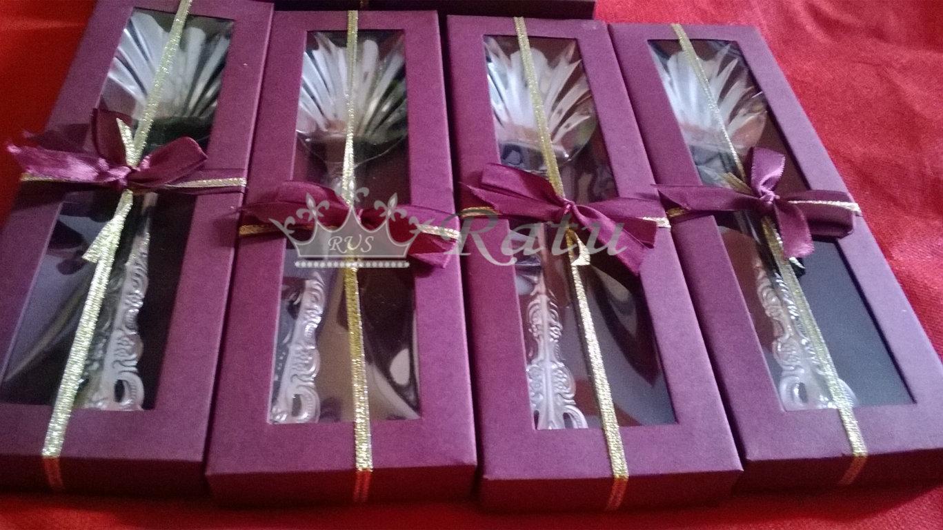 Centong Sayur Souvenir Murah Ratu Undangan Sovenir Pernikahan Bros Kupu2 Box Mika Bonus Kartu Weding