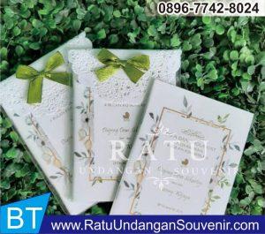 souvenir buku 4 dan 7 bulanan di Bandung