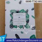 souvenir buku 4 dan 7 bulanan di Malang